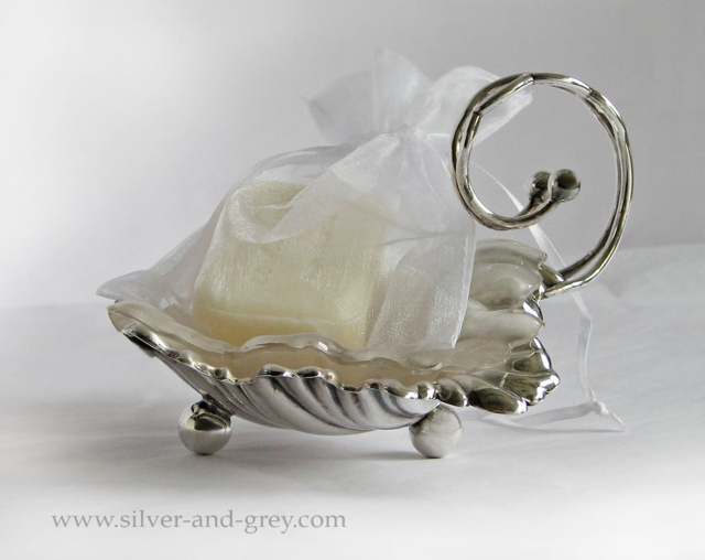 English Victorian silver plated butter dish-3